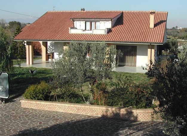 1994 – Villa in C.da Santa Liberata