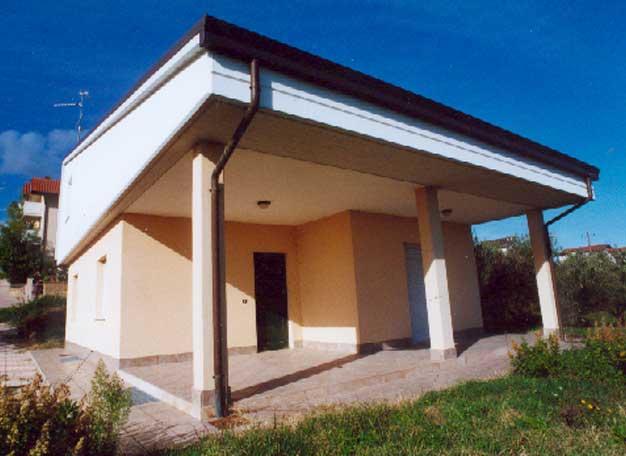 2006 – Villa in C.da Santa Lucia